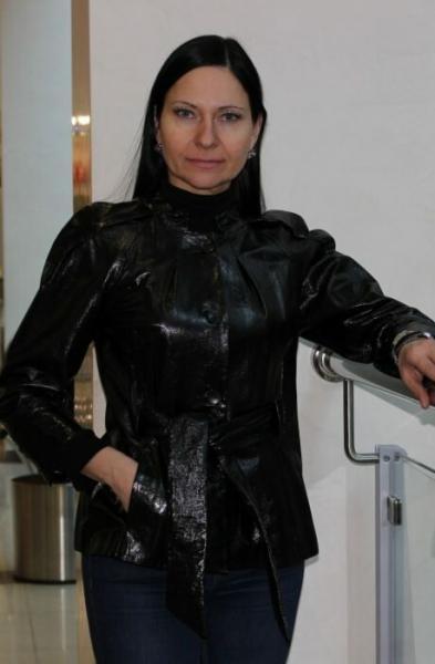 Куртка или пальто: что купить на весну женщине после 50 лет