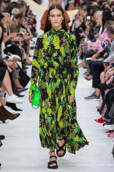 Обзор Valentino весна-лето 2020. Что будет модным?
