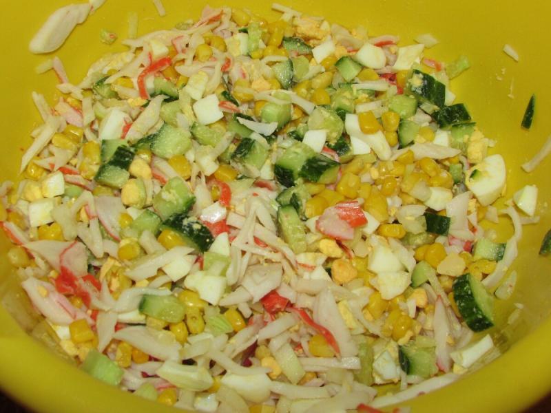 Самый желанный крабовый салат на нашем столе