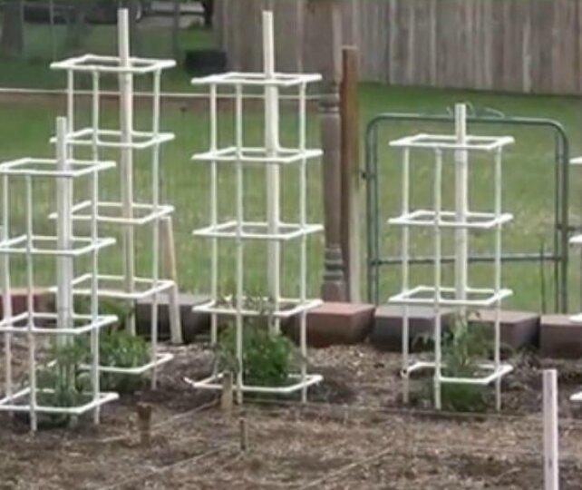 3 интересных поделки для дачи и сада из пластиковых труб