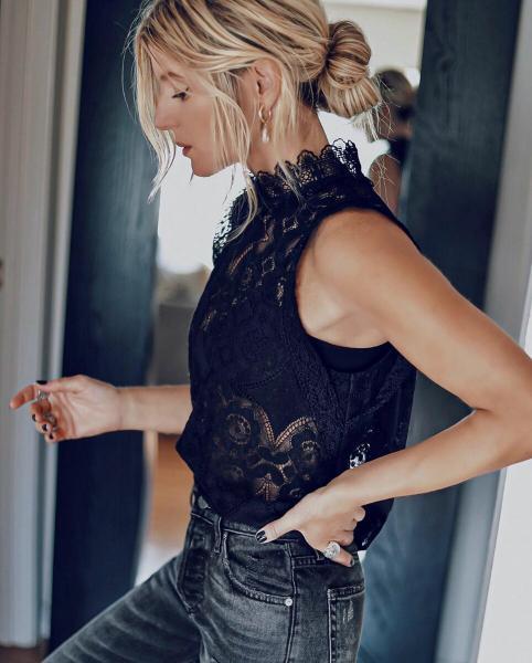 Блузка с кружевом: 11 самых красивых и женственных примеров