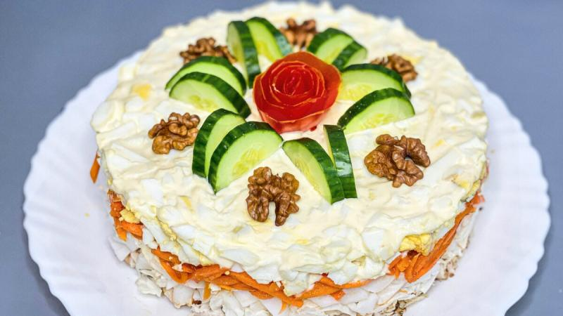 """Фантастический салат """"Моя Королева"""": съедят самым первым"""