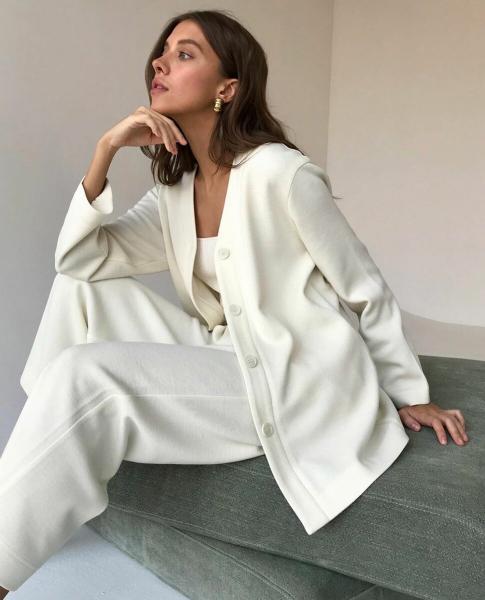 Модные образы в белом цвете: 15 стильных примеров весны 2020