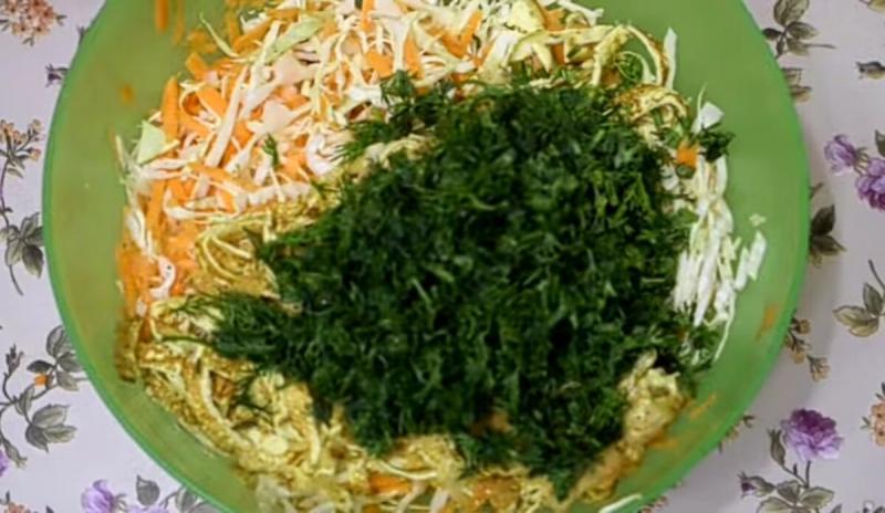 Новый салат из капусты. Такой вы точно не пробовали