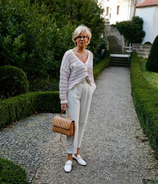 Образы, которые позволят женщине 50+ стать моложе и увереннее