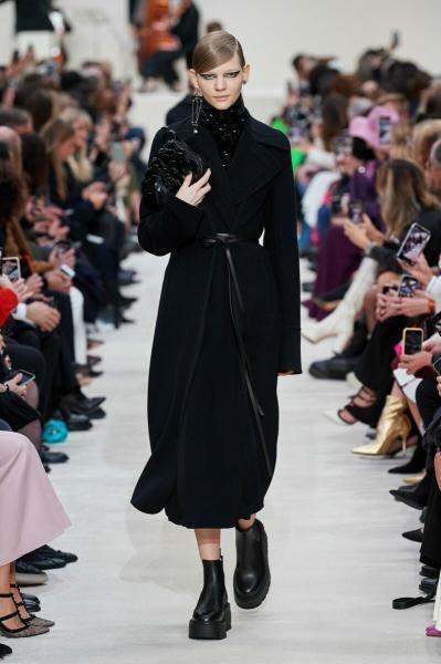Почему эту Неделю моды в Париже мы еще долго не забудем?