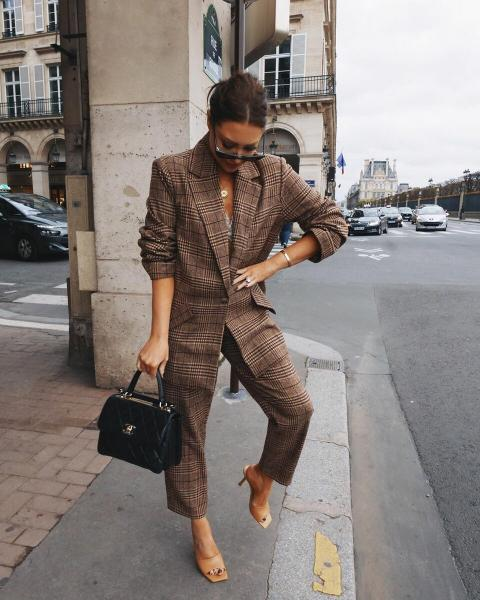 Пора приобретать новые стильные вещи! Модные образы на апрель 2020