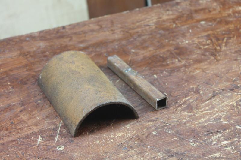 Самоделка для болгарки из куска трубы и двух болтов