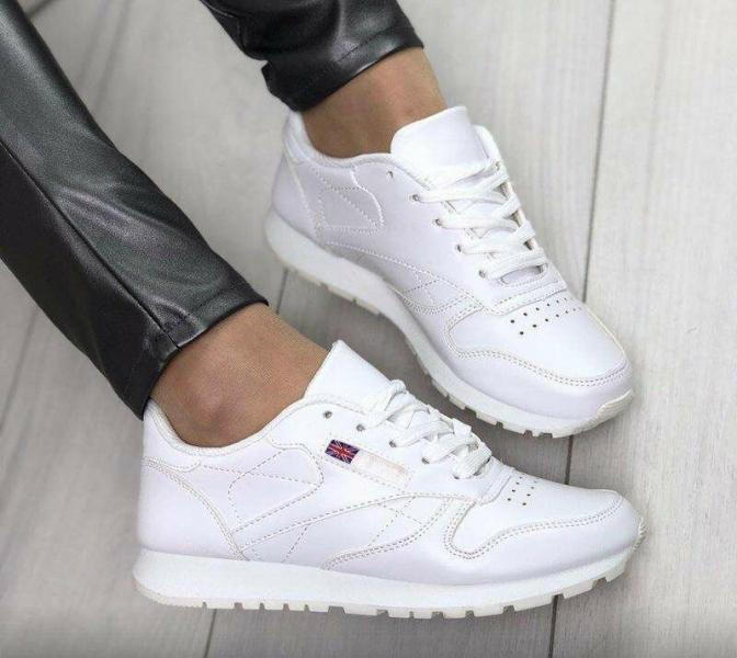 7 эффективных советов, как сохранить белую обувь