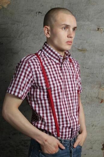 Что носят скинхэды: бренды одежды для бритоголовых
