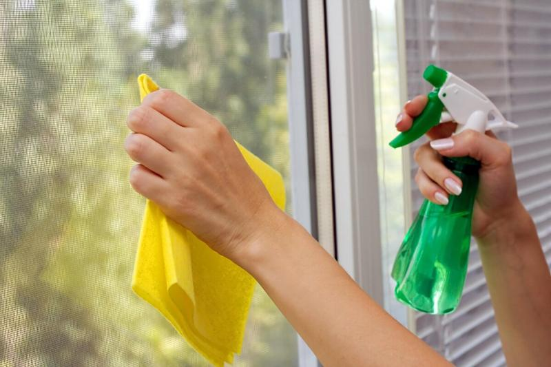Пластиковые окна: моем правильно. Секреты и тонкости.