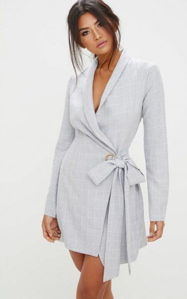 Платье, которое должно быть в шкафу у каждой стильной женщины