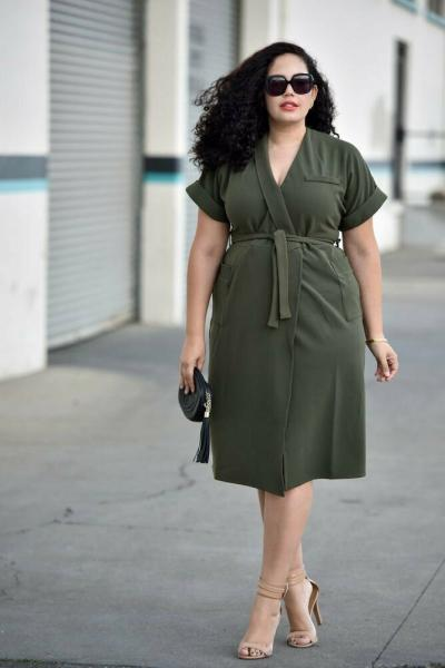 Повседневная одежда для полных женщин весна - лето