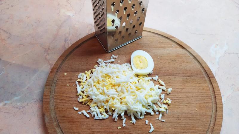 Салат с кальмарами. Рецепт особенный и очень вкусный