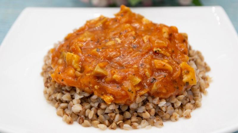 Быстрая томатная подлива для гречки, макарон и пюре