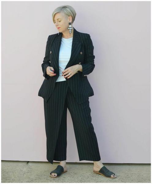 Стильные сочетания в одежде для женщин 50+
