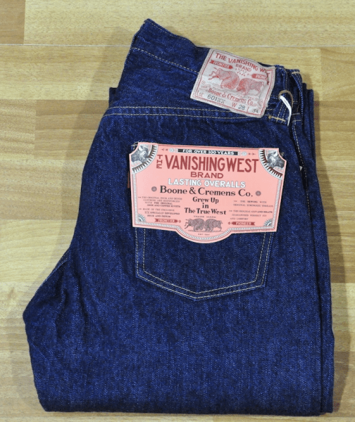 Джинсы Levi's 501XX и джинсы VANISHING WEST 601XX 1951 DENIMS.