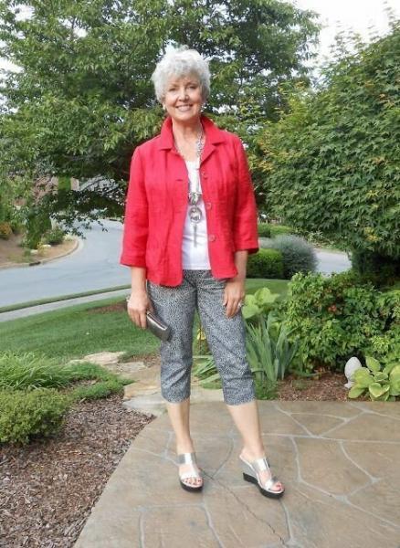 Когда мне будет 60, хочу выглядеть и одеваться именно так