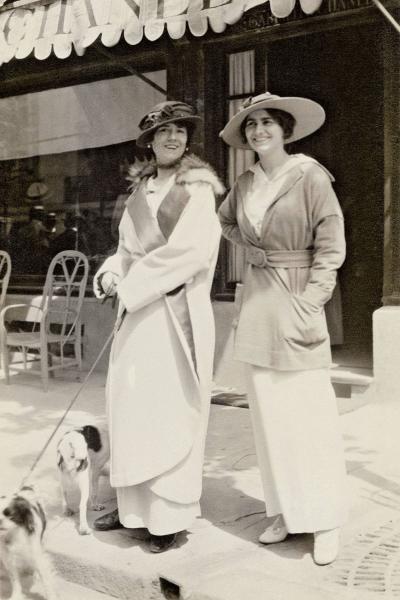 Модный трикотаж: Скиапарелли против Шанель