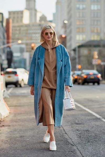 С чем носить худи этой осенью: 8 стильных образов