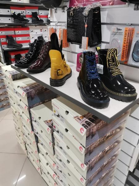 """В """"Kari"""" уже выставили коллекцию осень-зима - хорошая обувь и скидки"""