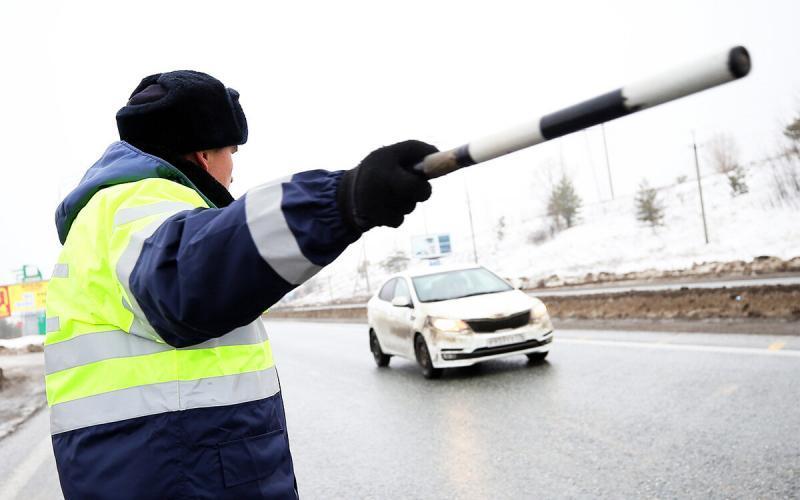Какие автомобили чаще всего останавливают для проверки?