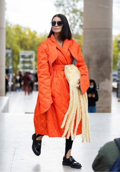 Оранжевый — самый модный цвет для осенних дней