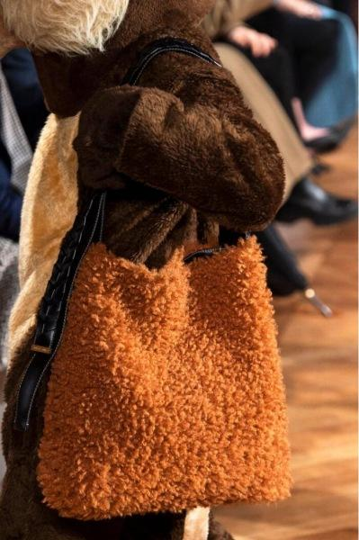 100 самых знаковых сумок осень-зима 2020/2021
