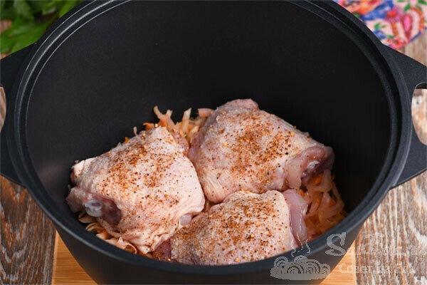 Тушеная курица с квашеной капустой (рецепт с фото)