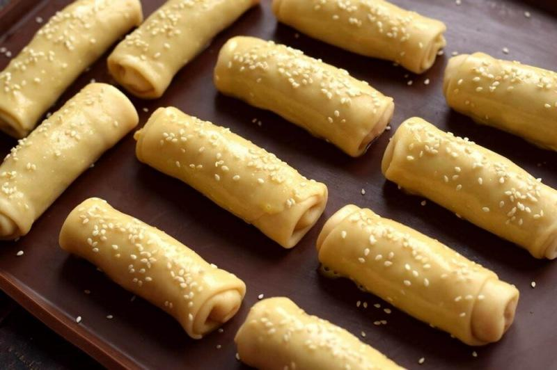 Пирожки-трубочки с капустой