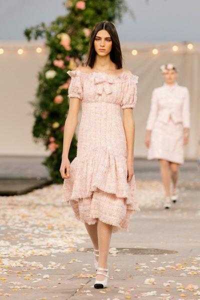 Коллекция весна-лето 2021 Chanel для утонченных натур