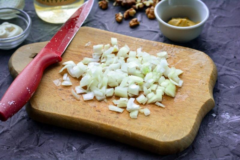 """Салат с сельдью """"Фаворит"""" - праздничный и очень вкусный"""