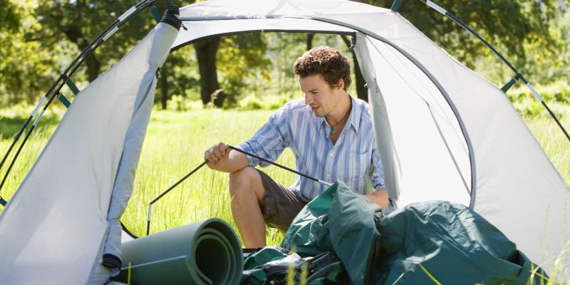 Как быстро собрать и сложить туристическую палатку