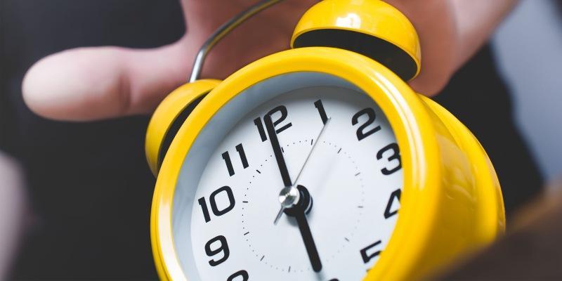 Почему подъёмы в 6 утра не помогут вам стать успешным и что делать вместо этого