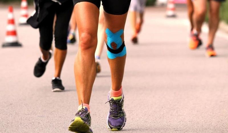 Травмы колена: когда начинать бег